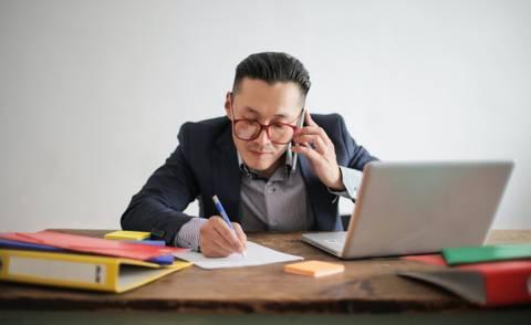Waarom een specifieke online salesmedewerker niet werkt!