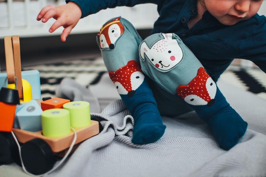 Spielzeug für zweijähriges Kind