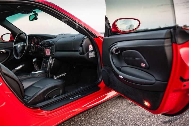 Porsche 911 3.6 Coupé Turbo // Eerste eigenaar // Originele lak afbeelding 19