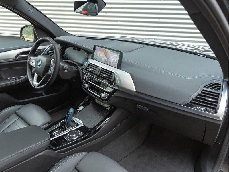 BMW iX3 High Executive - Trekhaak - Direct Beschikbaar! afbeelding 13