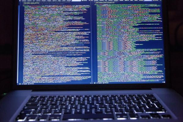 MacBook Running an IDE