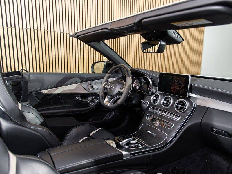 Mercedes-Benz C-Klasse C63 S AMG Cabrio AMG RIDE CONTROL, NIGHTPACK, afbeelding 19