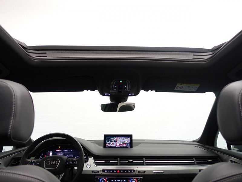 Audi Q7 3.0 TDI e-tron 374pk Quattro S-Line - Pano, Virtual Cockpit, Camera, Leer, Full! afbeelding 4