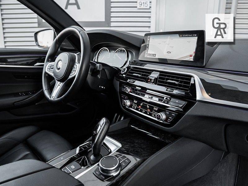 BMW 5 Serie 540i xDrive High Executive afbeelding 13