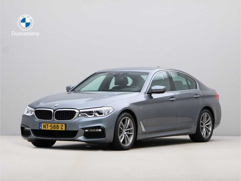 BMW 5 Serie 540i High Exe M-Sport Aut. afbeelding 1