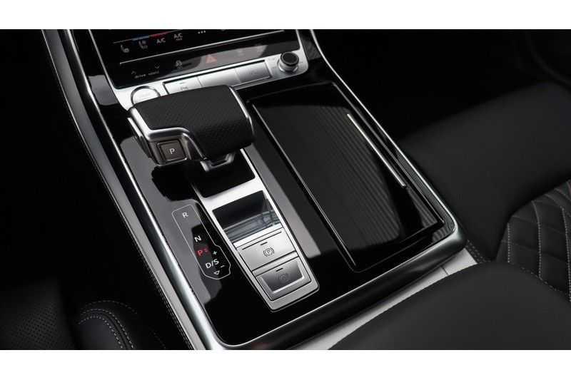 Audi Q7 60 TFSI e quattro Competition Panoramadak, BOSE, Massage, Ruitstiksel, Trekhaak afbeelding 3