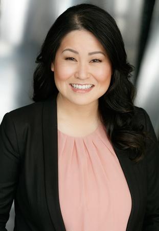 Hazel Chang, Abogado