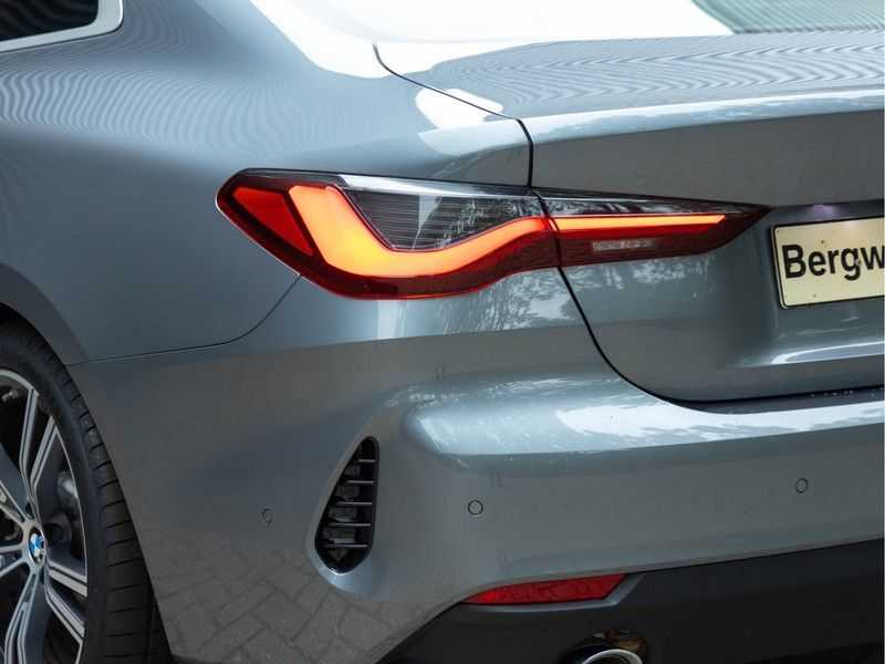 BMW 4 Serie Coupé 430i High Executive - Dak - Camera - Harman Kardon afbeelding 17