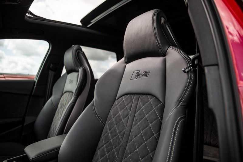 Audi RS4 Avant 2.9 TFSI quattro | 450PK | Sportonderstel Plus | Panoramadak | Inleg Carbon | B&O | Sportdifferentieel | Head-up afbeelding 16