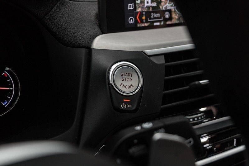 "BMW X3 M40i xDrive 340pk Panoramadak VirtualCockpit ShadowLine Sportleder+Memory Head-Up ACC Harman/Kardon AmbientLight Keyless 20"" 360Camera ParkAssist Pdc afbeelding 21"