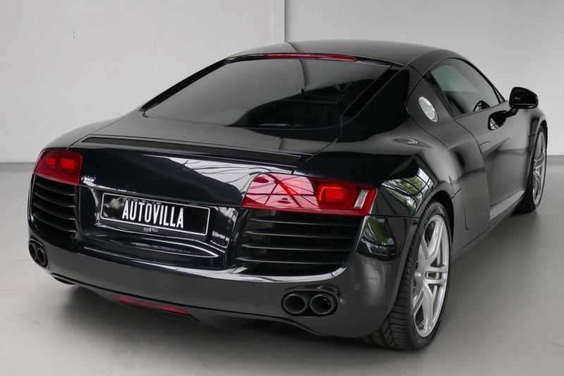 Audi R8 4.2 V8 FSI Quattro Black Edition afbeelding 6