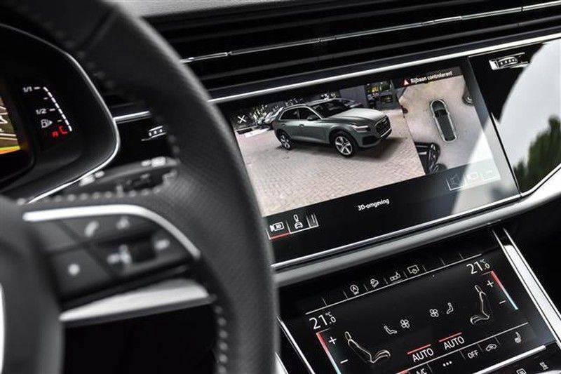 Audi Q8 55 TFSI S-LINE+23INCH+PANO.DAK+360CAM+BLACKLOOK afbeelding 8