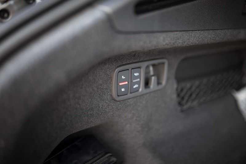"Audi Q8 55 TFSI E Hybride Quattro *S-Line / B&O / Pano / 23"" / Black Pack / ACC* afbeelding 14"
