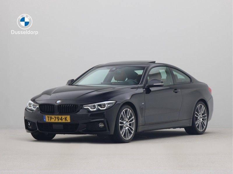 BMW 4 Serie Coupé 440i High Executive M-Sport afbeelding 1