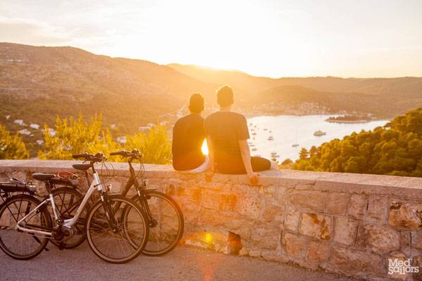 Exposing These 5 Travel Myths