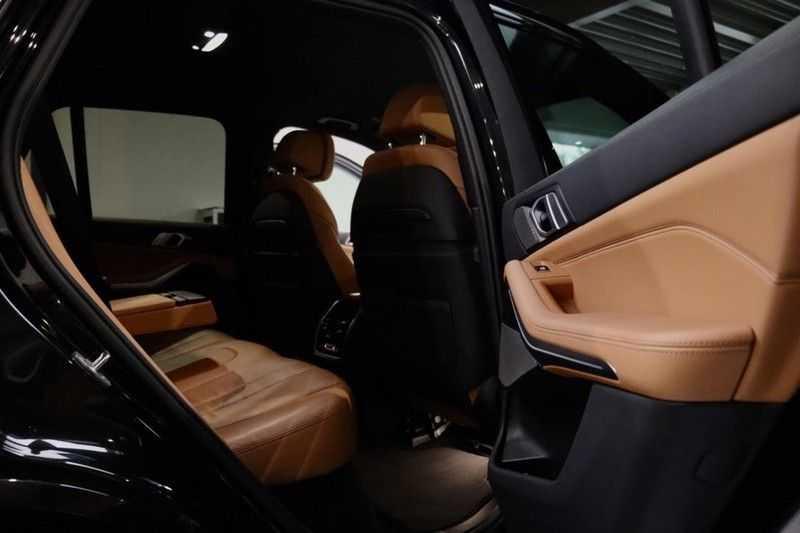 BMW X5 xDrive30d High Ex M-Sport NL|1Eig|22''|Shadow|HuD afbeelding 12