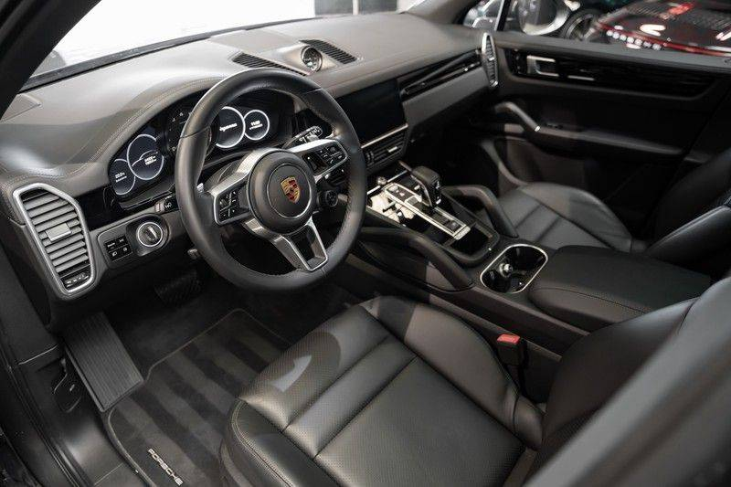 Porsche Cayenne E-Hybrid Sport Design Pakket 22 Turbo Softclose Pano Luchtvering 3.0 E-Hybrid afbeelding 13