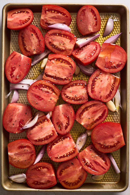 Easy Roasted Tomato Basil Soup