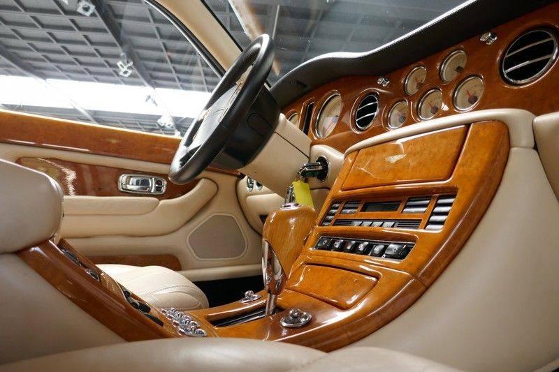 Bentley Arnage 6.8 V8 T Mulliner LWB (1 van 95 st) Youngtimer . afbeelding 18