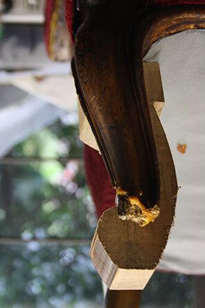 VICTORIAN SCROLL FOOT damaged