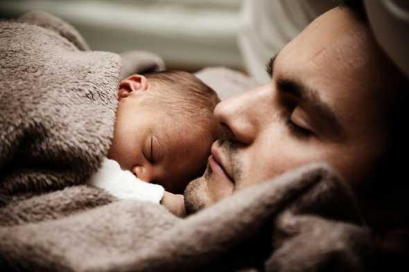 baby met vader
