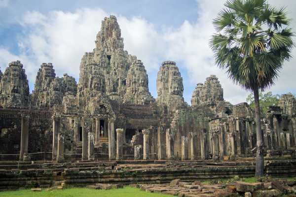 Hasil gambar untuk Angkor 600 x 400
