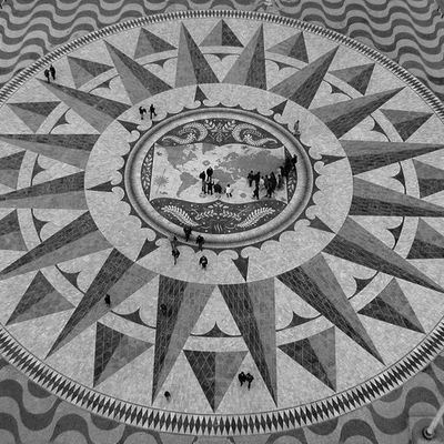 Compass rose and mappa mundi at the Padrão dos Descobrimentos