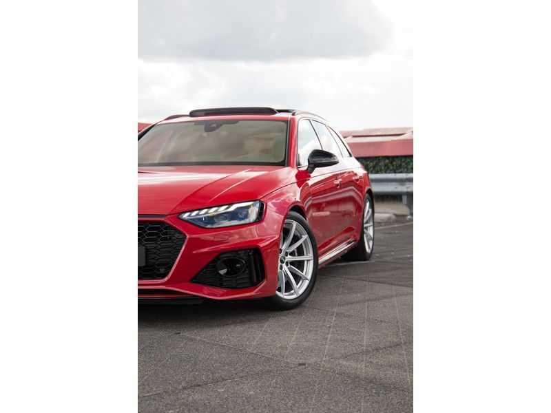 Audi A4 Avant 2.9 TFSI RS4 quattro | 450PK | Sportonderstel Plus | Panoramadak | Inleg Carbon | B&O | Sportdifferentieel | Head-up afbeelding 14