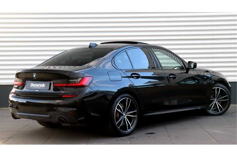 BMW 3 Serie 330i High Executive M-Sport Leder, Schuifdak, Harman/Kardon afbeelding 3