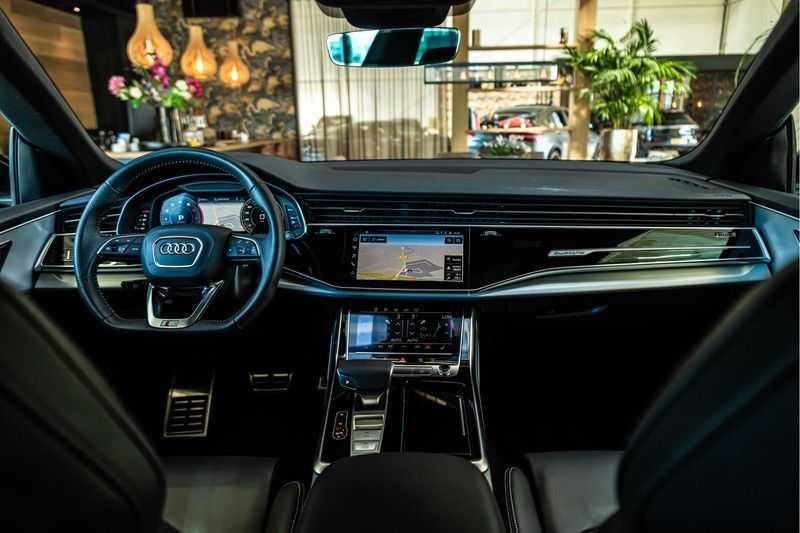 Audi Q8 55 TFSI quattro 3x S-line | PANO | 4 wielsturing | Tour | Trekhaak | Matrix LED | afbeelding 8