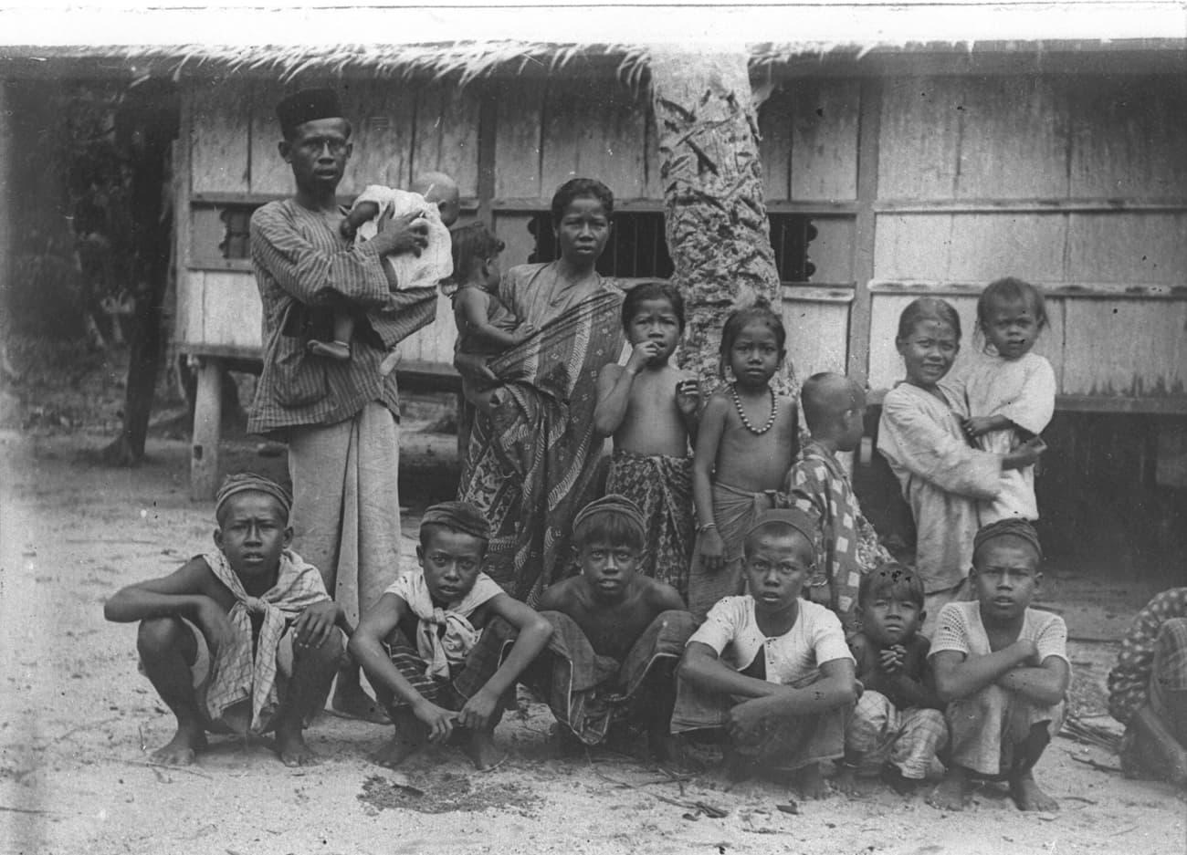 Malay group at Changi, 1909