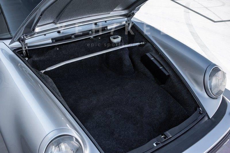 Porsche 911 930 3.3 Turbo Coupé // uitzonderlijk mooie staat afbeelding 11