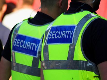 Security Guards vs CCTV