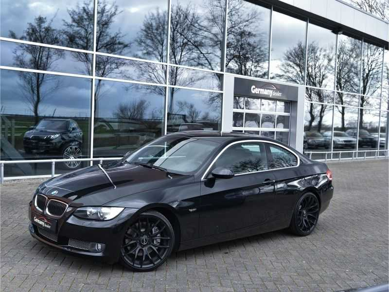 BMW 3 Serie Coupe 335i High Executive M-Perf uitlaat Leer Navi Breyton velgen 1e eigenaar afbeelding 1