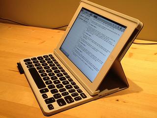 Logitech Keyboard folio in typing position