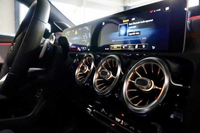 Mercedes-Benz CLA-Klasse 200 AMG Orange Edition PANO|Burmester|360cam|Sfeer afbeelding 23