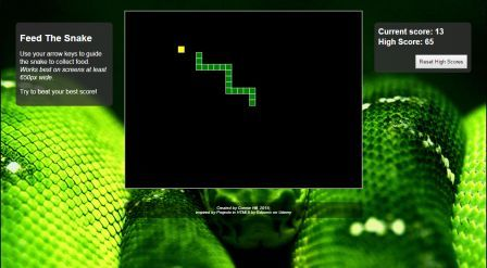 Screenshot of the snake game in action