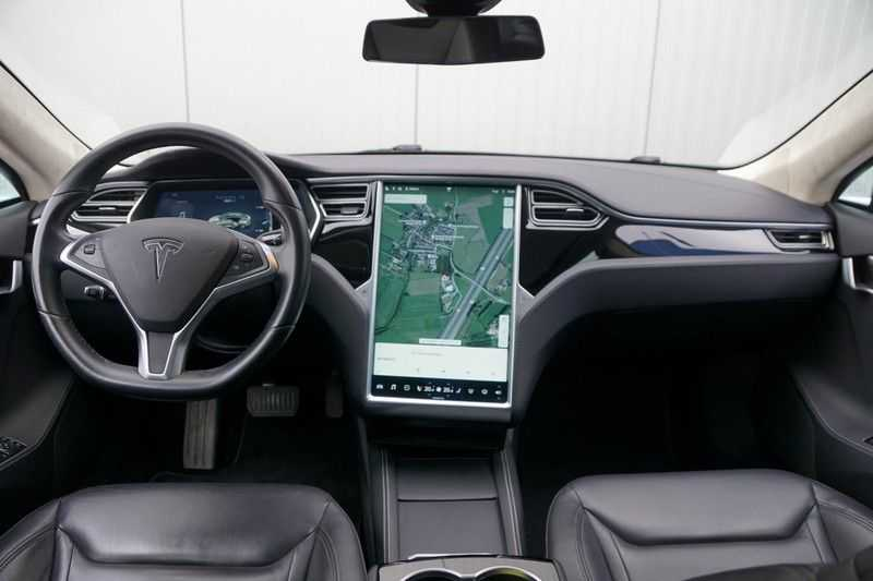 "Tesla Model S 90D Base / 422 PK / Panoramadak / Luchtvering / NL-Auto / 132dkm NAP / 21"" LMV / Leder afbeelding 2"
