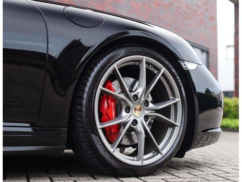 Porsche 911 Cabrio Carrera 4S *ACC*Bose*Chrono*Vierwielbesturing*Camera*Vol!* afbeelding 6