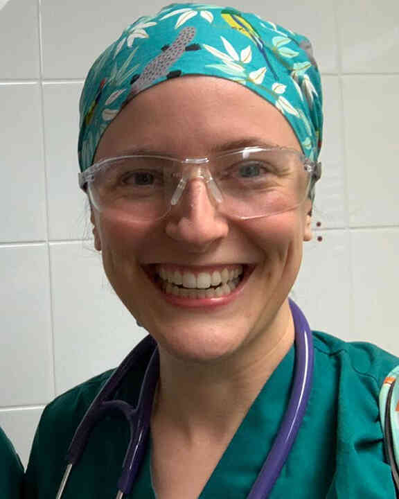 Dr Caroline Traill