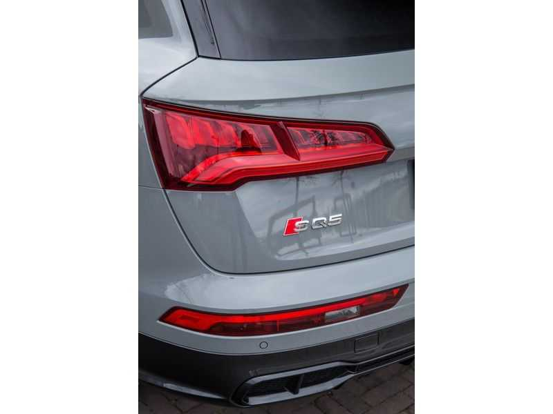 Audi Q5 3.0 TFSI SQ5 quattro | 354 PK | B&O Sound | Air suspension | Pano.Dak | Assistentie City-Tour-Parking | Trekhaak | Head-UP | Full Option | afbeelding 25
