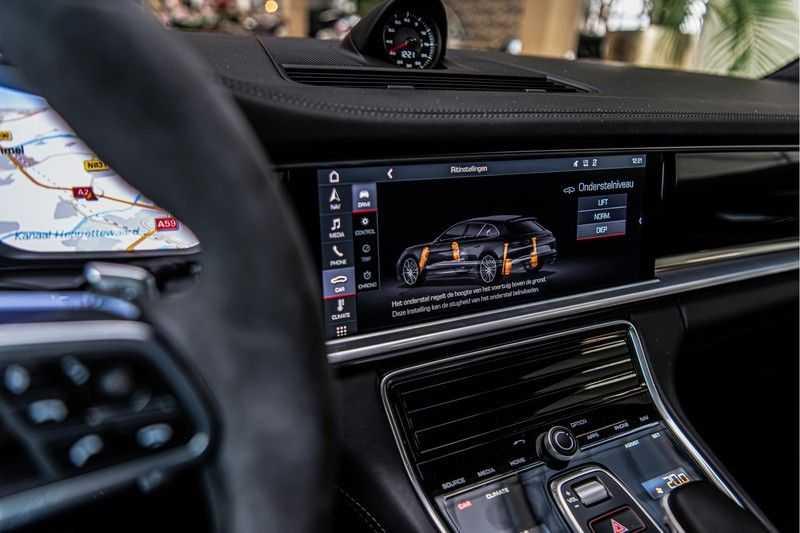 Porsche Panamera GTS Sport Turismo 4.0 | BOSE | Panorama | Alcantara | Comforttoegang | PDLS | PASM afbeelding 24