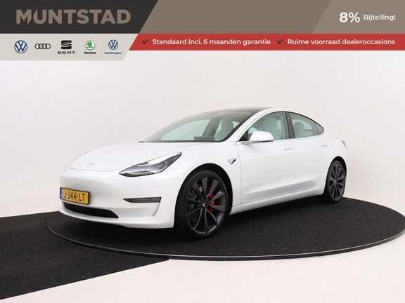 Tesla Model 3 Long Range All-Wheel Drive Performance Prijs is Incl. BTW | 20'' grijze Performance-velgen | Performance upgrade | Performance remmen | Autopilot |
