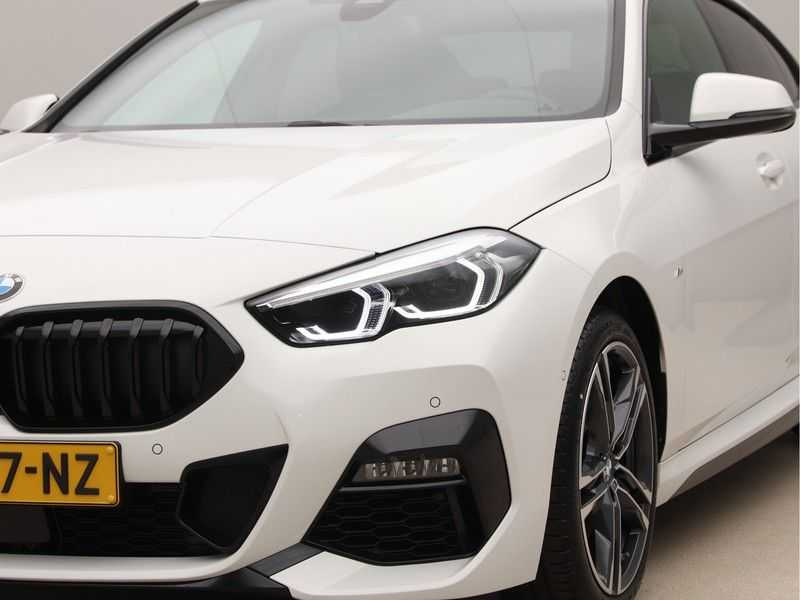 BMW 2 Serie Gran Coupé 218i High Exe M-Sport afbeelding 22