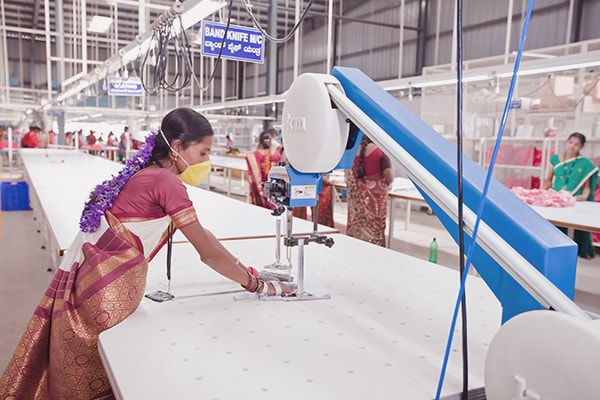 wholesale garment manufacturing factory