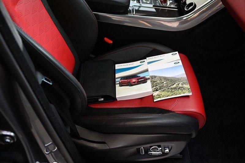 Land Rover Range Rover Sport P575 SVR | Panorama | Stoelkoeling | HUD | Carbon afbeelding 25