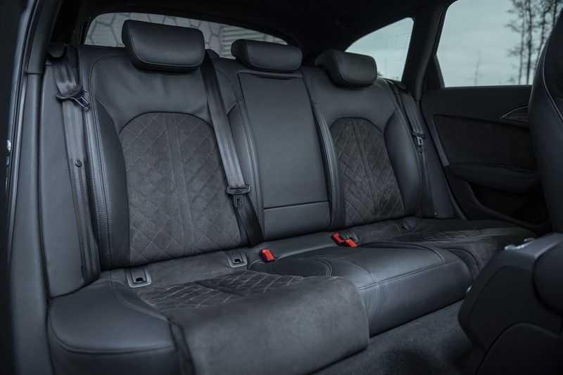 Audi RS6 Performance Pro Line Plus 4.0 TFSI quattro 605PK BTW + Keramisch + Carbon + Nardo Grey + Panoramadak + 4 nieuwe banden afbeelding 22