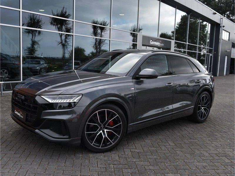 Audi Q8 50TDI 286pk Quattro S-Line Black Optic Lucht RS-Zetels B&O Pano Leder-Dash 22-Inch Soft-Close! afbeelding 1