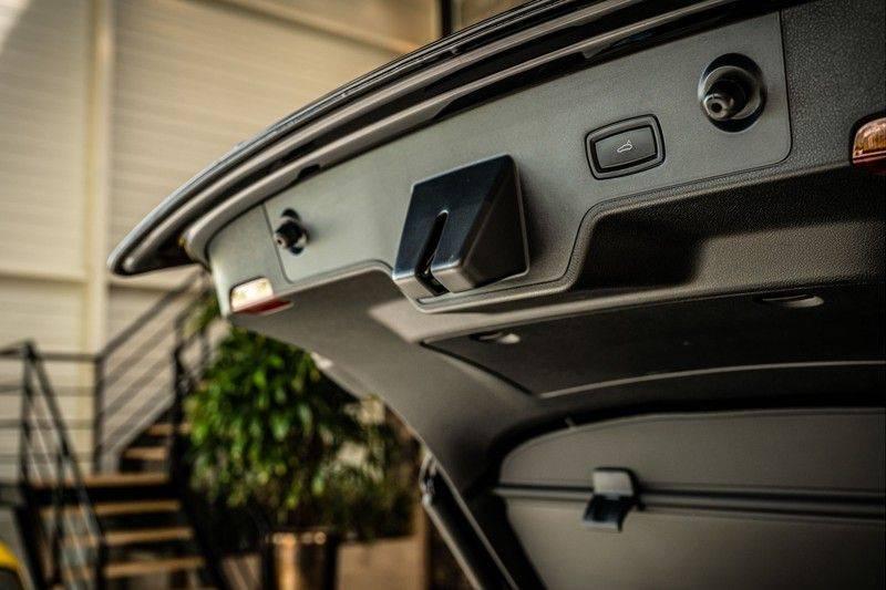 Porsche Panamera 4.0 GTS Sport Turismo | 360 | HUD | BOSE |PANO | Soft close | DAB | LED Matrix | Afstandstempomaat | Karmin Rood pakket, rood st afbeelding 24