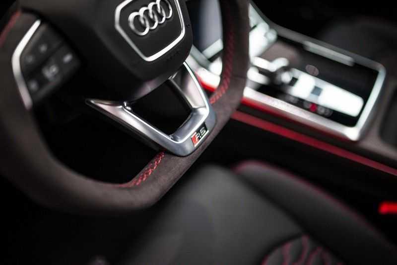 "Audi RS Q8 4.0 TFSI Quattro *RS-Dynamic Plus / Keramisch / Massage / HUD / 23"" / B&O* afbeelding 5"
